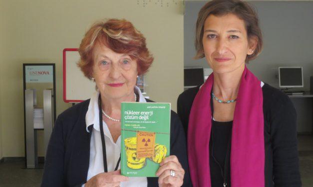 """""""Nükleer Enerji Çözüm Değil Kitabı""""nın Yazarı Helen Caldicott'la konuştuk: """"Türkiye'de nükleer santral kurulmasına izin vermeyin."""""""